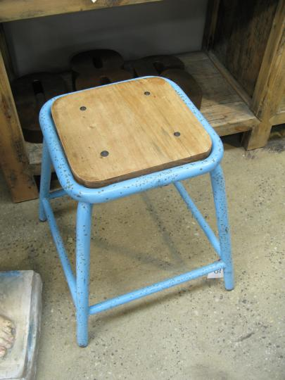 CHAIR HEIGHT SCHOOL STOOLS